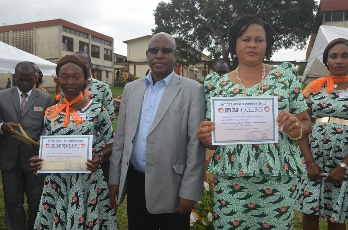 Cérémonie de remise de diplômes des promotions 2016